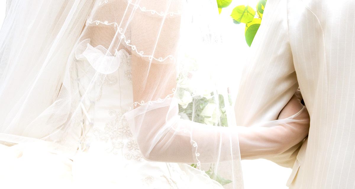 結婚披露宴衣裳